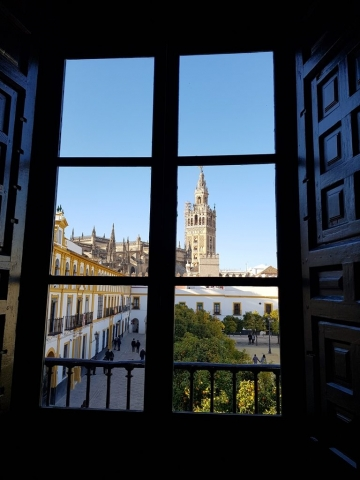 Seville_Cathedral_PatiodeBanderas