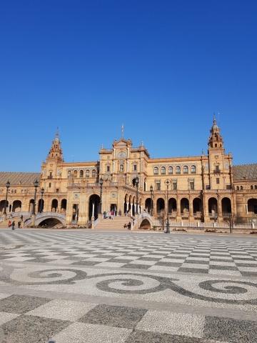 Seville_PlazaDeEspana_Square