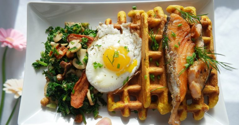 Brunchtastic recipe (GF) – Savoury Pumpkin Corn Waffles with Seared Salmon, Sauteed Mushroom Kale