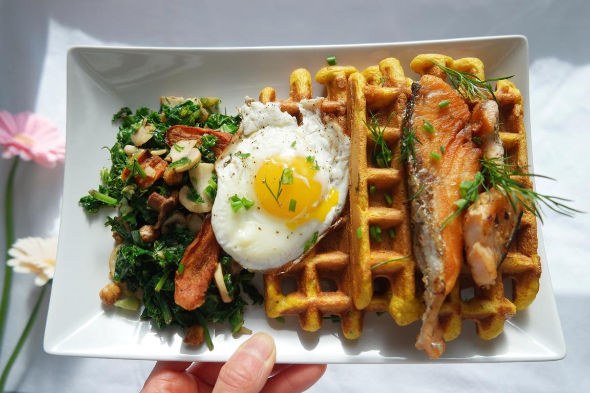 Brunchtastic recipe (GF) – Savoury Pumpkin Corn Waffles with Seared Salmon, Sauteed Mushroom Kale
