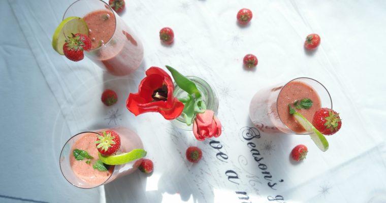 Summer drinks – Minty Watermelon Strawberry Smoothie