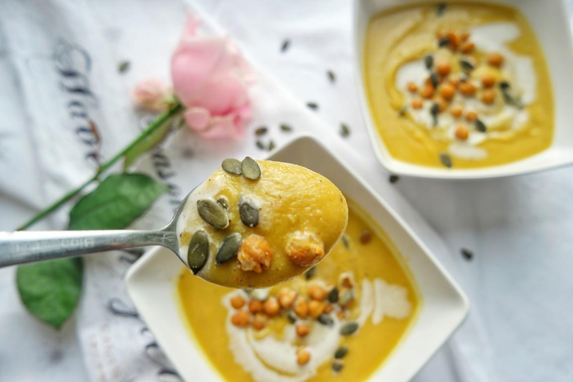 Roasted Pumpkin & Cauliflower Cream Soup
