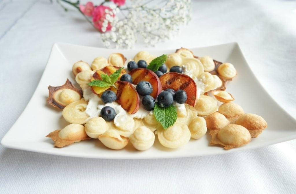 Healthy Egg Bubble Waffles